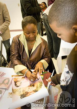 Naomi K. Thomas signing autographs