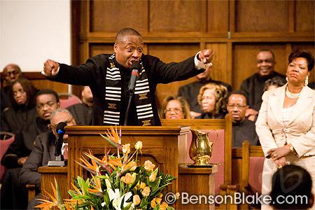 Pastor Cosby preaching at Wheeler Avenue Baptist Church